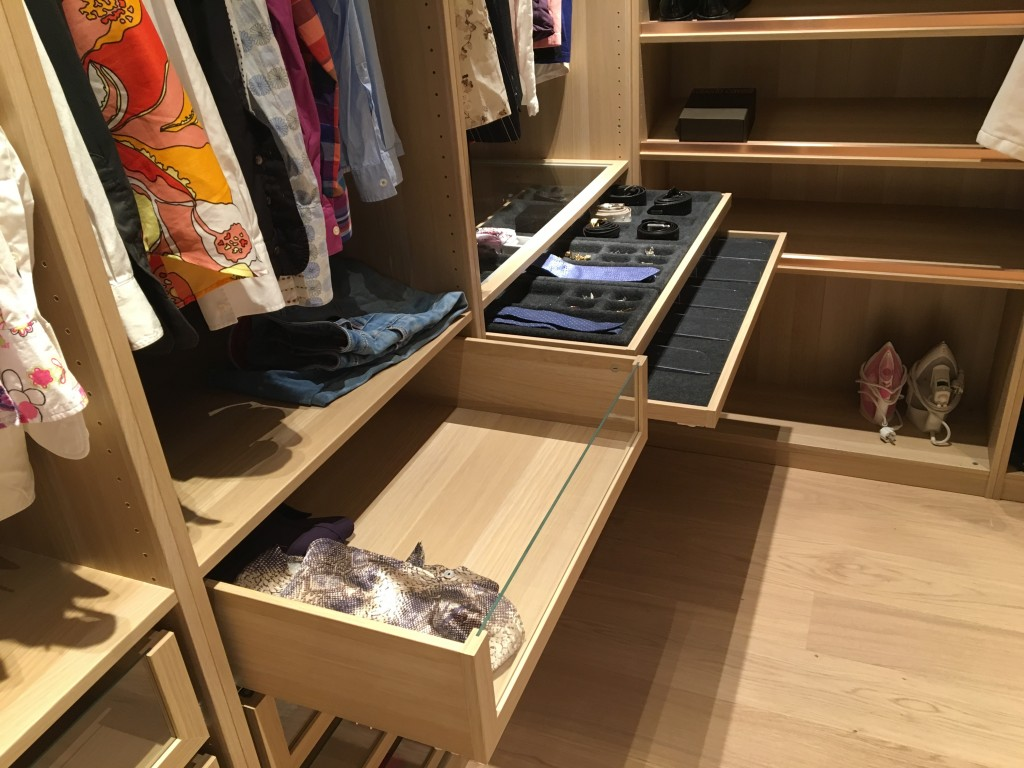 jeg har bygget garderobe pimp my ikea kjetil bj rnberg. Black Bedroom Furniture Sets. Home Design Ideas